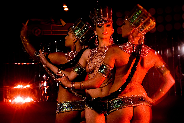 Смотреть эротический танцевальный клип — photo 7